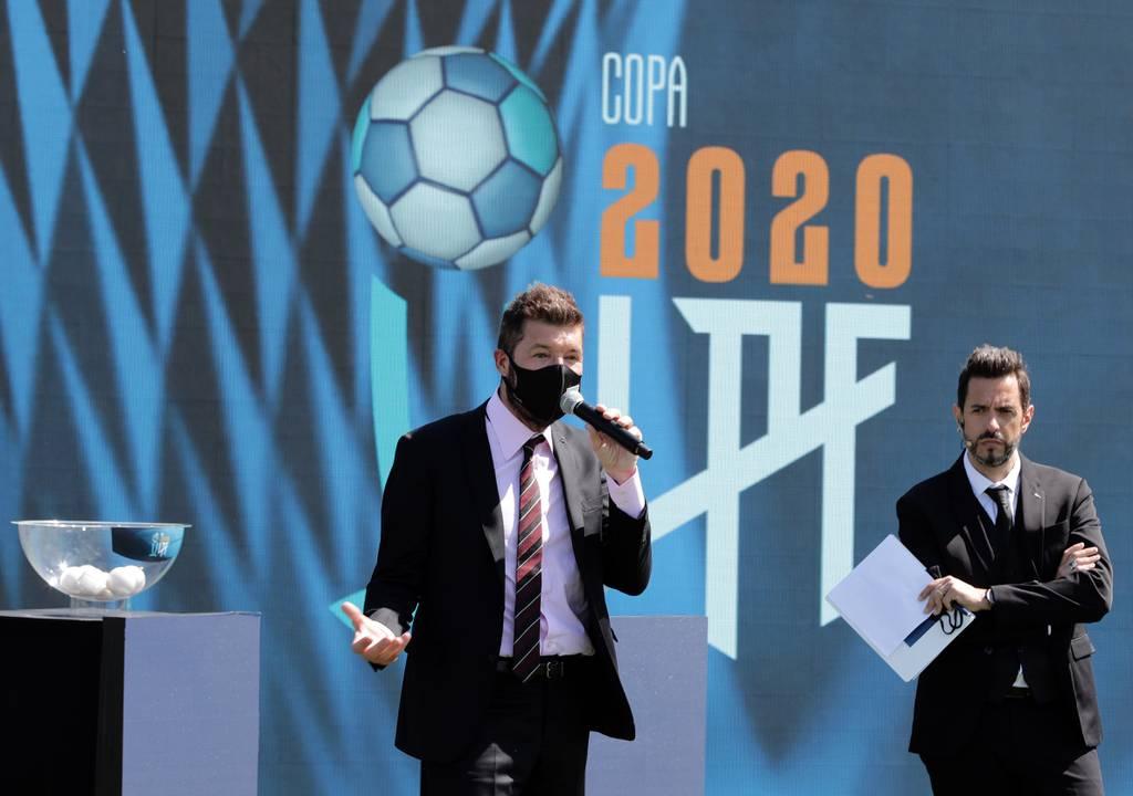 Mirá las mejores imágenes del sorteo de la zonas de la Copa, que se desarrolló en el predio de la AFA en Ezeiza.