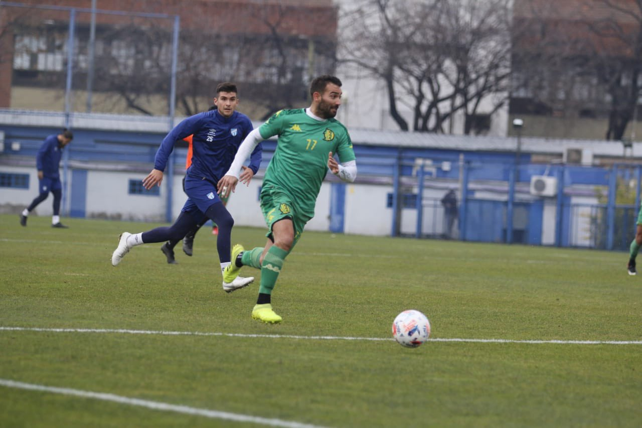 Aldosivi disputó dos amistosos contra Atlético Tucumán en Casa Amarilla